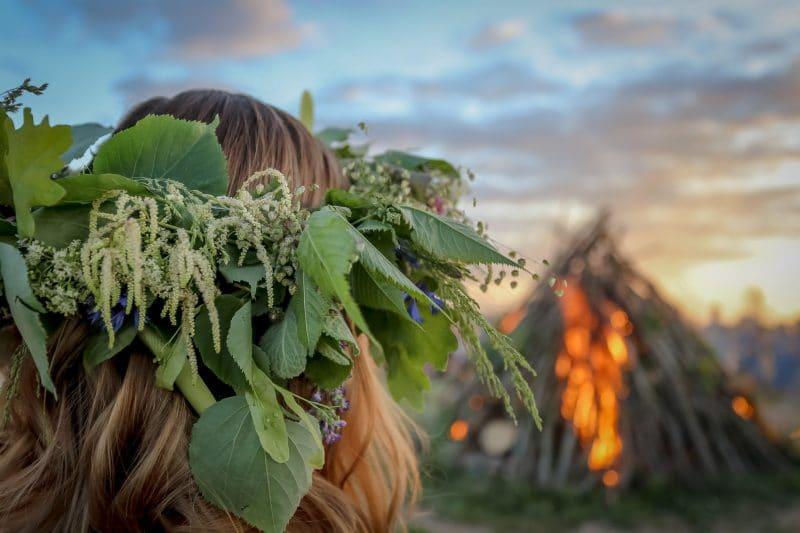 Priecīgus un lustīgus Līgo svētkus novēl Smiltenes novada Kultūras centrs