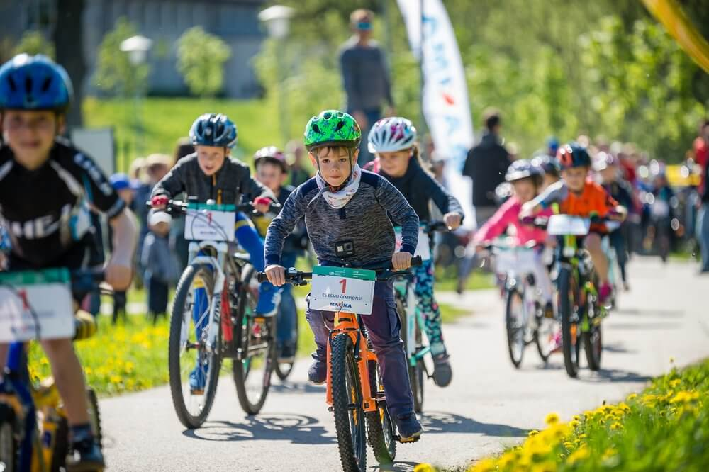 Jaunie braucēji aicināti piedalīties Smiltenes kausa riteņbraukšanā bērnu braucienos