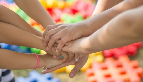 """Grundzālē noslēgusies apmācību programma """"Bērnu emocionālā audzināšana"""""""