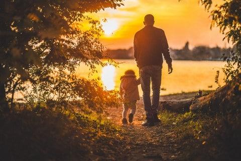 Vientuļajiem vecākiem ir svarīgs emocionālais atbalsts