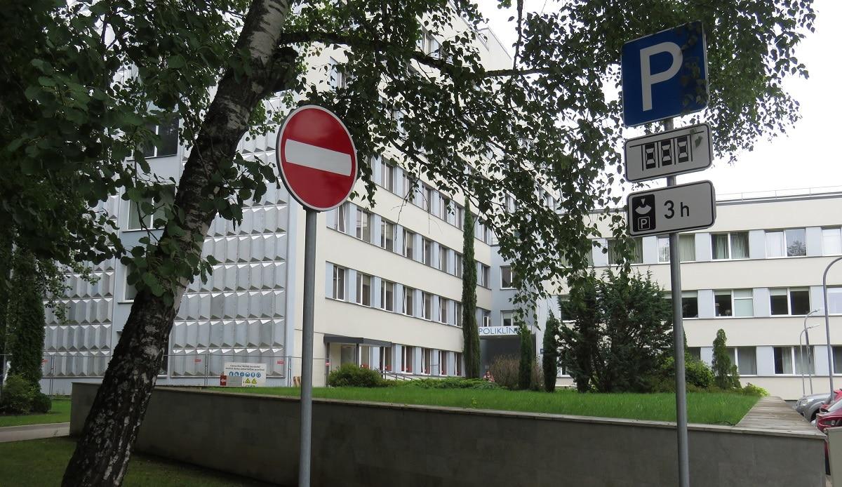 Mainīta ceļu satiksmes organizācija Vidzemes slimnīcas teritorijā
