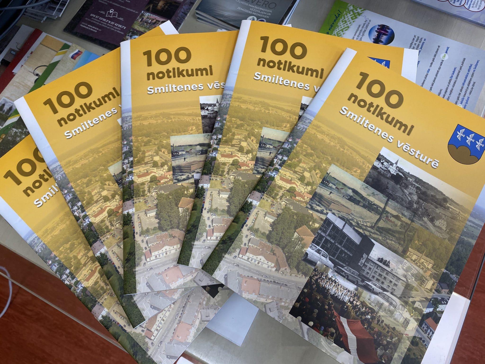 Smiltenes simtgadē izdota brošūra par 100 notikumiem pilsētas vēsturē