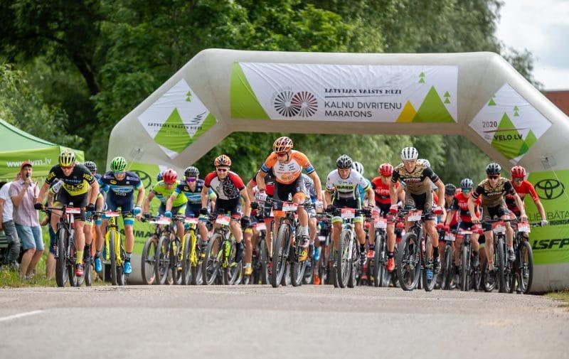 Jauno LVM MTB maratona sezonu ar uzvarām iesāk Blūms un Jaunslaviete – Kipure