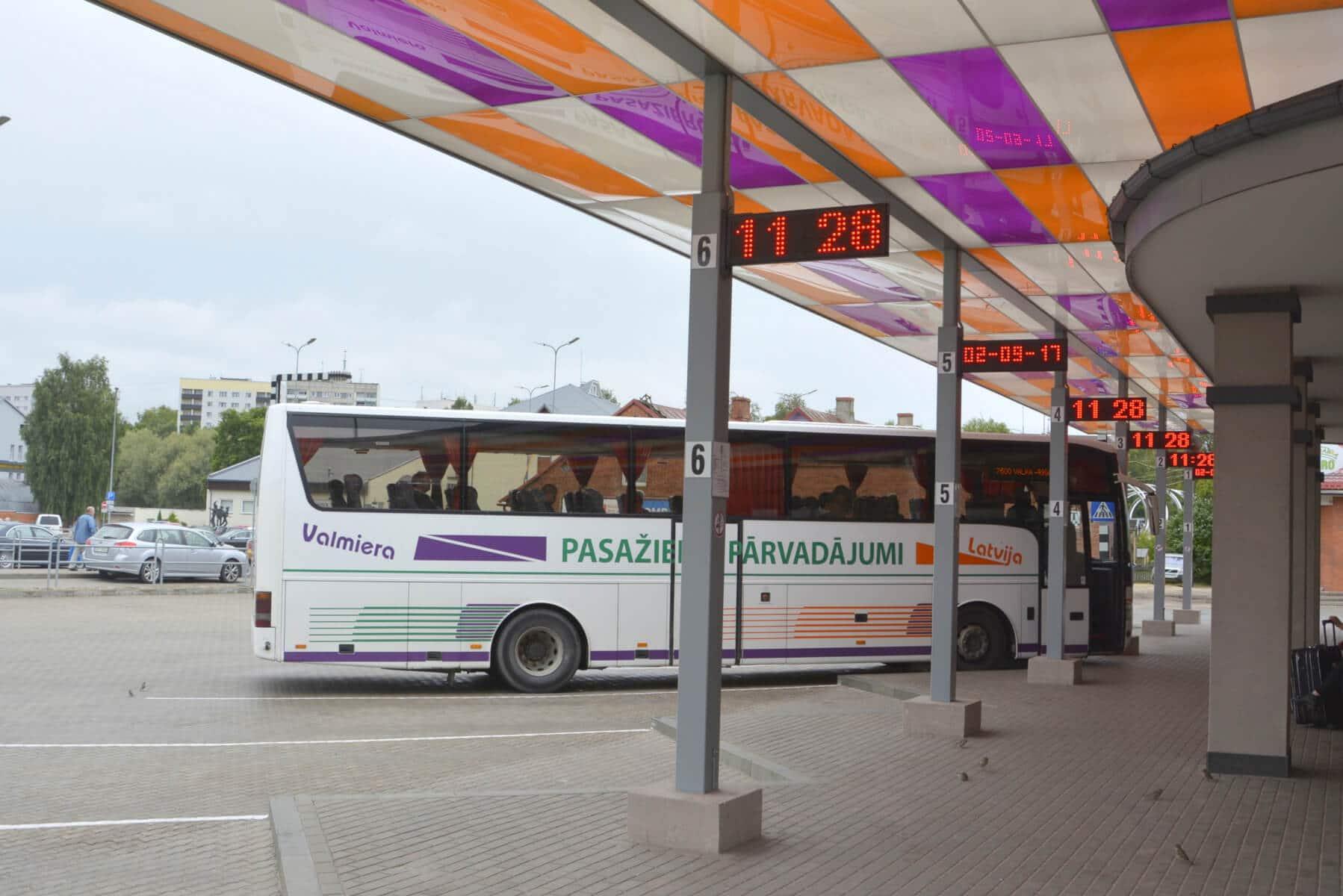 Valsts svētkos izmaiņas autobusu kustībā
