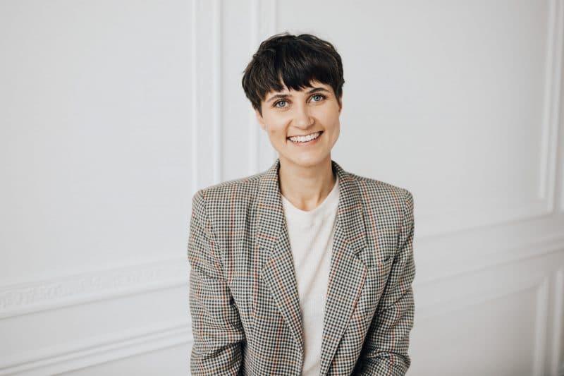 """Smiltenē viesosies bloga Seek the Simple autore Laura Arnicāne ar lekciju """"Minimālisms. Dzīve ar vairāk""""."""